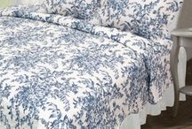 Quilt Sets / High Quality Low Cost Quilt Sets. Available in many sizes and designs all with shams included!