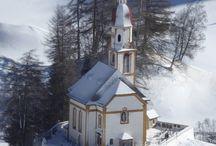 Kirche und kapellen