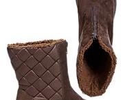 Shoes / Sapatos / sneakers, shoes, sandals, heels, mocassins, footwear in general / by Carolina Peters - Na #cozinha da Carolina
