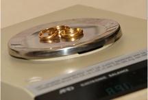 Oud Goud / Veel mensen leveren oud goud bij ons in en kiezen voor cash of producten.