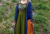 Costumes / moyen age, viking...