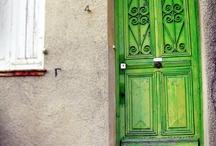 I Like Doors / by Amanda Schelling