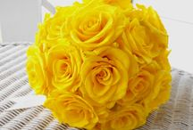 Sunshine for a Day / Brighten your day with all things yellow for your wedding!