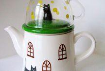Mug Shots And Pots