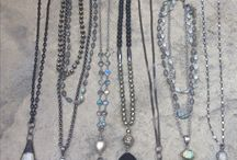 Jewerly, long necklaces with pendants