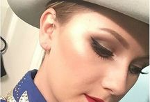 Horse Show Makeup / Your riding isn't the only thing that needs to shine. How about glitter on the eyes and  bright red lips? How about some stylin horse show makeup?