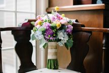 Greenacres Country Club / Wedding flowers for Emily and Noah Featured in The Knot Magazine