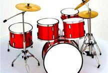 Mini Strumenti. Repliche e tributi / Mini strumenti musicali, realizzati in scala.
