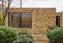 Cette maison de brique à Londres a été construite au sommet d'une ancienne prison