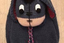 Crochet / Sac à dos Hello Kitty réalisé par LaurArtiste