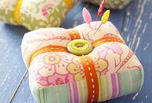 pincushion patterns / cute pincushions