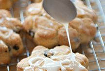 Food - Bread - Scones & Biscuits / by Linda Darby