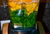 Good Eats {Smoothies & Juices} / by Darcy