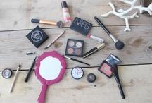 make up tutorials and supplies
