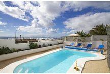 Villa Arabella / A three bedroom villa with sea and mountain views in Puerto del Carmen, Lanzarote.  #holidays4uorg #karendurant #lanzarotevillas