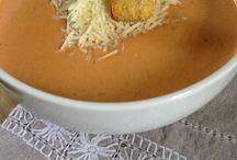 soup n' salad / by Sariah Nichols