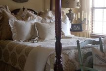 Bedroom ideas / by Courtney Napolitano