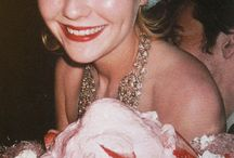 FASHION LIBRARY: Kirsten Dunst