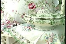 Shabby chic / Lamp shades and boxes