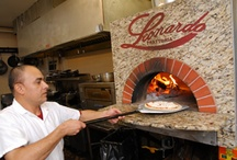 Mugnaini Wood Fired Ovens In Restaurants & Wineries / Mugnaini supplies the world's finest commercial wood fired pizza ovens to restaurants, schools and pizzerias across America. Chefs have relied on the performance, longevity and adaptability of our various models for over 20 years. Building on this experience, we have learned the lessons required to ensure a successful installation and how to approach the decision on which oven model to choose.
