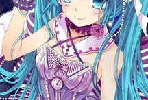 Hatsune Miku / C'est une vocaloid très connue, partagez ce tableau !