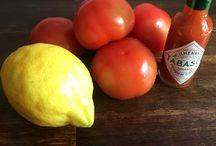 Fried chicken med tomatshot / Jeg har længe gået med tanken om at lave en version af fried chicken, det skulle være nemt og så smage helt fantastisk. Jeg havde ideen om, at det skulle være nemt at fryse ned eller gemme,