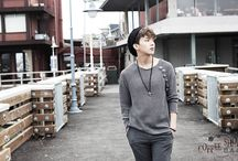 B.A.P / Yongguk, Youngjae, Daehyun, Jongup, Himchan, Zelo. Biaz: Yongguk