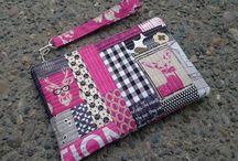 Purses & Totes / Tutorials, inspiration, and patterns! / by Gwendellyn H