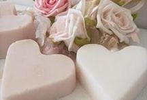 zeepkettingen - soap / by Nynke Stone