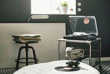 Вдъхновяващи идеи за малкия апартамент / Искаш да освежиш апартамента си, но разполагаш с ограничено място? Няма проблеми! Заедно с шведското дизайн дуо JOPIA поехме предизвикателството да обзаведем и декорираме един студио апартамент. Резултатът? Малко, но просторно #мястозаживот с индустриално усещане, пълно с находчиви идеи.