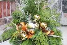 christmas decorations urns
