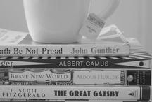 books, tea and travel <3