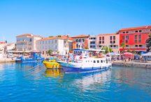 Poreč, Istria, Chorwacja / Bogaty w historyczną przeszłość, pełen cudownych, nadmorskich krajobrazów, oferujący całą gamę lodów w najbardziej wymyślnych smakach i kształtach, Poreč, co roku, skrada serca tysięcy turystów z całego świata:  http://www.eurocamp.pl/miejsca-warte-odwiedzenia/chorwacja/pore-istria-chorwacja-#!prettyPhoto