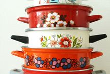 Vintage kitchen / I'm obsessed with Pyrex and other vintage kitchen accessories. I love going to antique shops to find pieces to add to my collection.  / by Jeannie Boulch