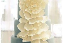 Beautiful Cakes / by Bernita Burdick