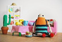 """Minus"", My Amigurumi doll / Minus is my crochet friend, my amigurumi doll. He's 12 years old and he loves eating sandwiches and cookies while he watches The Goonies on the TV.  He's the main character from my project ""Mijn Grote Familie"". A big family full of amigurumi, pdf patterns and DIY kits. Enjoy!"