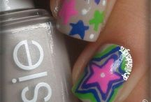 Nail designs / by Holly Hempfling