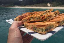 Mayo Navega / Evento realizado durante el mes de mayo en colaboración con appqhv en la ría de Vigo, en el que se pudo navegar y degustar productos de La Pepita y Quesum.