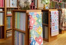 textile display racks and systems
