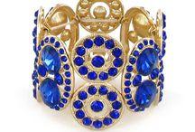 Bijoux tendence / bracelets, colliers, boucles d'oreille, bagues...