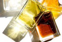 YOSH / В наши дни Yosh Han (Йош Хан), чье имя переводится как «Аромат», - один из самых знаменитых и дорогих парфюмерных Домов в США.