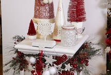Tickled Pink Christmas Displays / by Dawn Petersen- Richardson