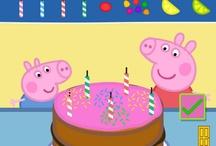 PARTY TIME BY PEPPA PIG / Ecco una selezione di piatti, bicchieri, tovaglioli, festoni e cadeaux per i piccoli ospiti, per rendere una festadi compleanno, una festa strepitosa! Solo su http://www.robedacartoon.it/tutto-il-catalogo/party-time/peppa-pig.html?keyword=&keyword1=&keyword2=