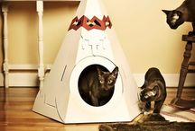 Company Makes Hilarious Cardboard Tanks, Planes And Houses For Cats