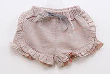 Baby rufle shorts