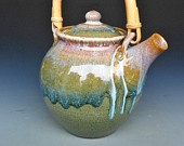 teapots & tea / by Annette Moreno