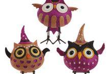 Halloween Decorations / How PerfectlyFestive.com decorates for Halloween. :)