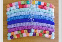 Crochet Covered Hanger / / Fundas de ganchillo para perchas