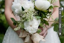 Wedding Bouquets / Beautiful flower arrangement inspiration for your big day!