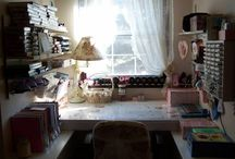 Crafty Spaces / by Kari Beneck